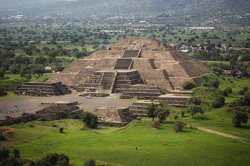 Мексика: Пирамиды Солнца и Луны, Теотиуакан